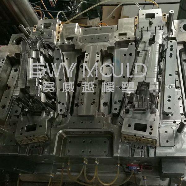 Auto Plastic B Pillar Low Pressure Injection Molding