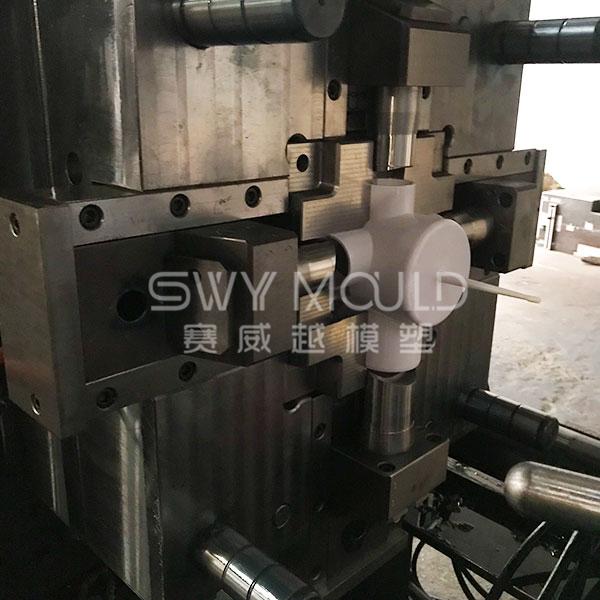 Based Cross Fitting Plastic Mold