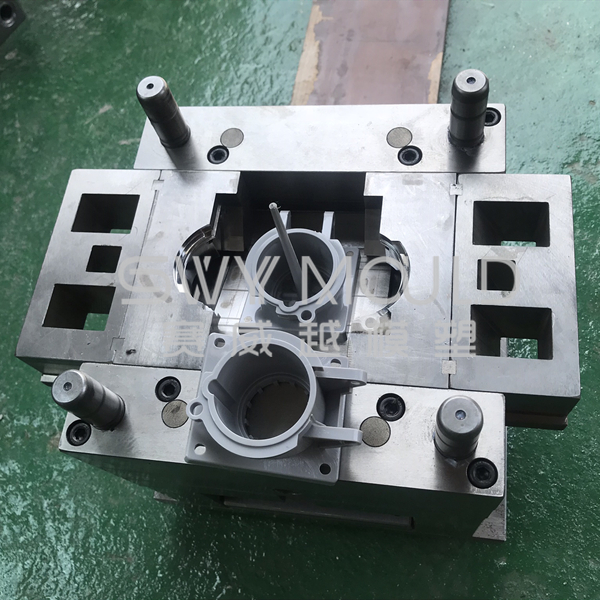 Plastic Pipe Hoop Injection Molding