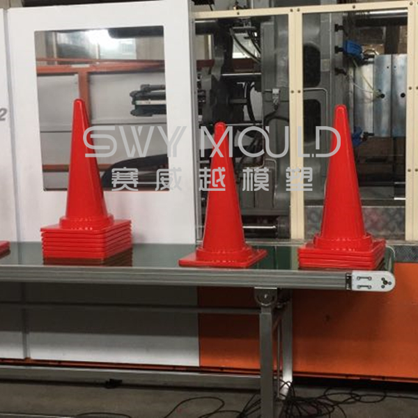 Plastic Traffic Cone Injection Mould