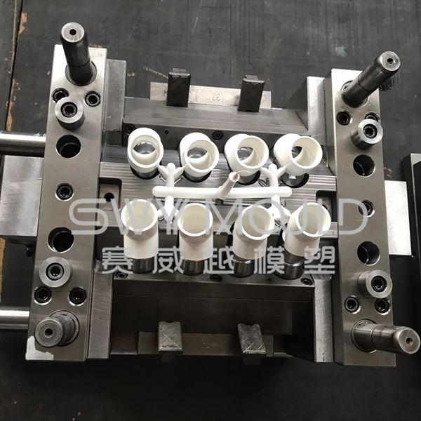 Reducing Elbow Plastic Mould