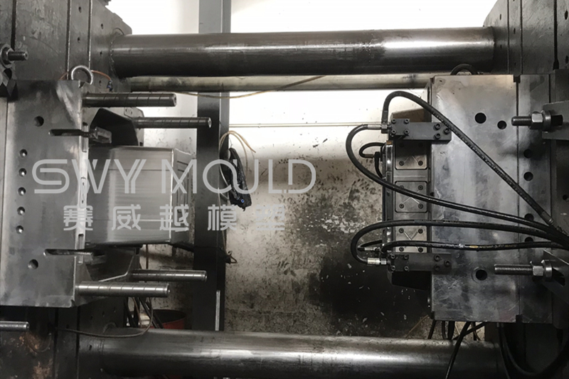 De-Molding Skills Of Plastic Dustbin Mould